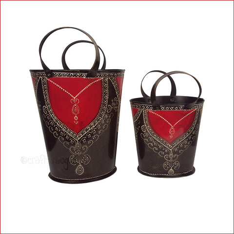 Glistening Effect – Embossed decorative bucket set - front