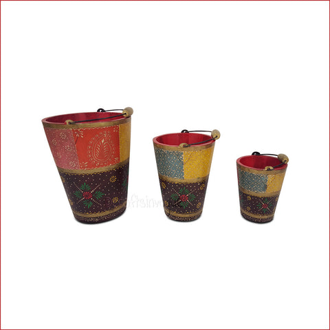 Three To Tango – multicolour embossed wooden bucket set - main