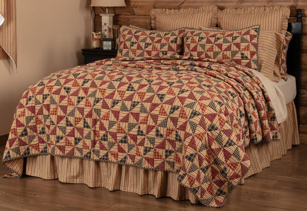 Pinwheel Bedding Collection