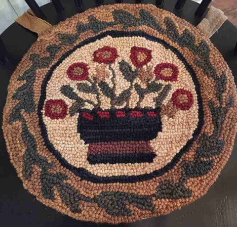 Flower Basket Hooked Chair Pad