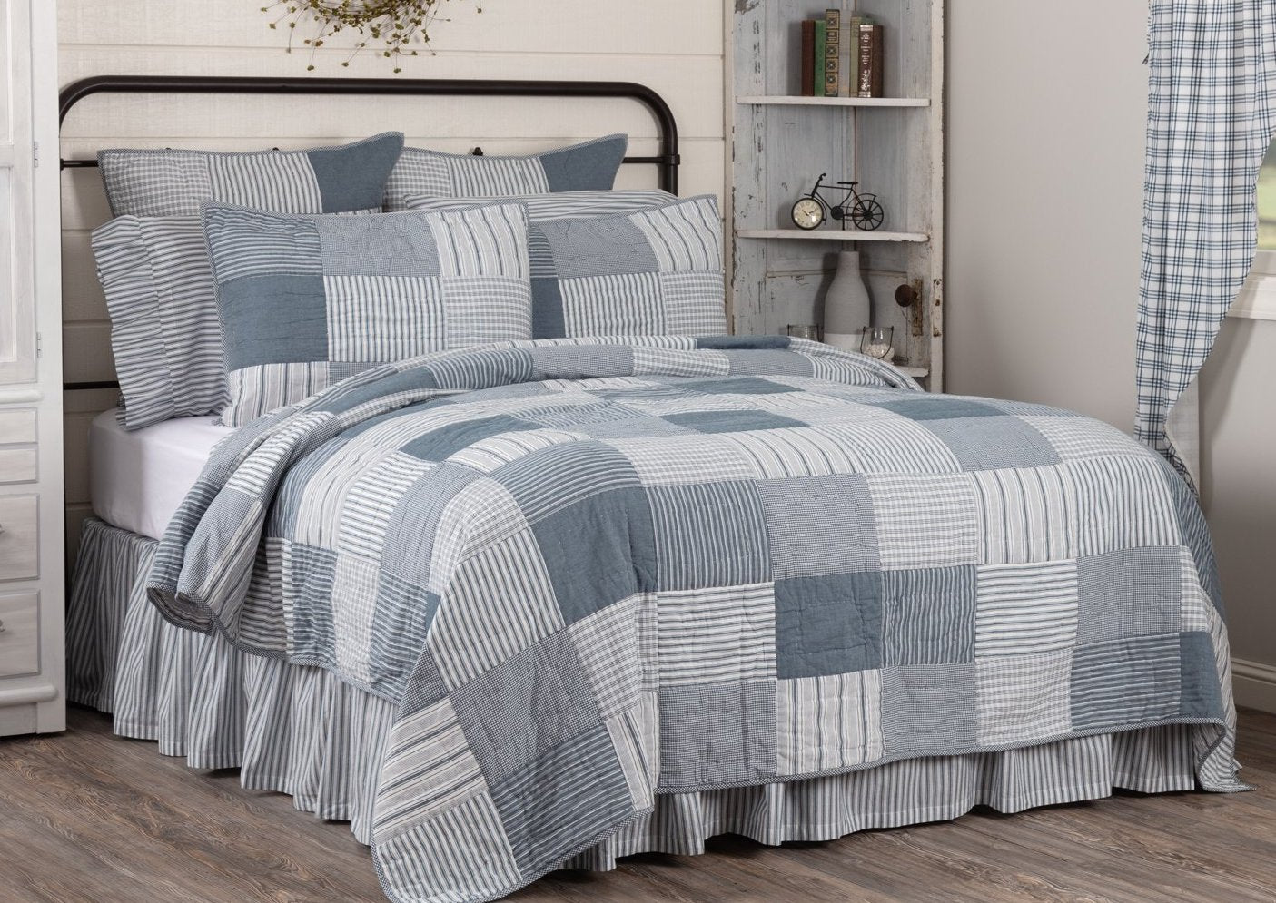 Sawyer Mill Blue California King Quilt 130wx115l Allysons Place
