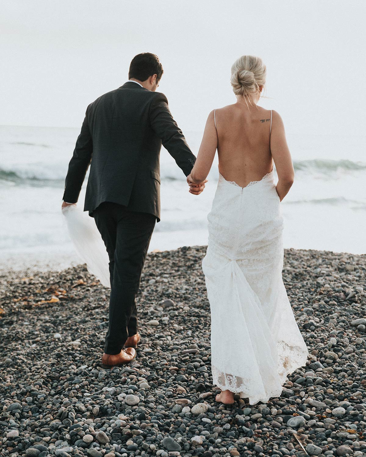 How To Have A Modern Minimalist Wedding