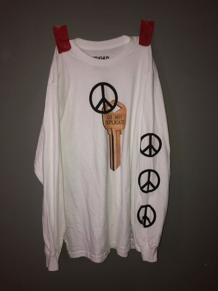 Low key Peace long sleeve