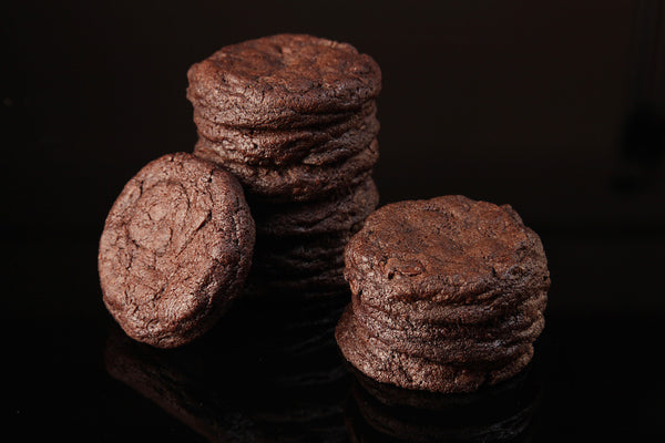 DOUBLE CHOCOLATE CHUNK COOKIE 6PCS PER PACK - 45 grams