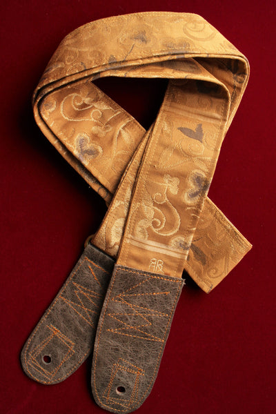 Singing Crane - Beautiful guitar strap - Biwacha (SC101217)