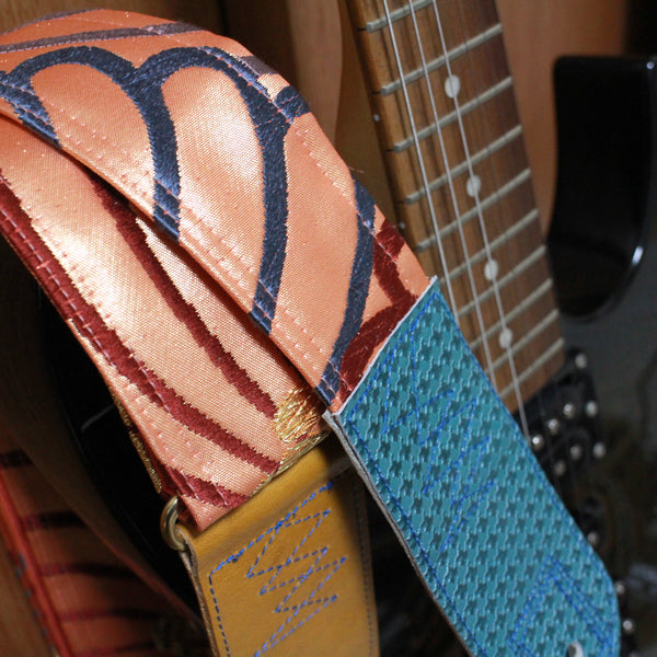 Singing Crane - Beautiful guitar strap - SC519263
