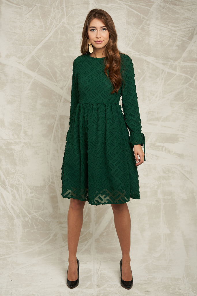 FINAL SALE Textured Chiffon Dress in Emerald Green