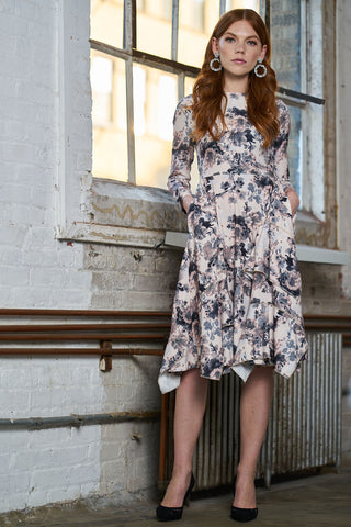 FINAL SALE Crepe Dress with Pockets - Neutral Floral Print