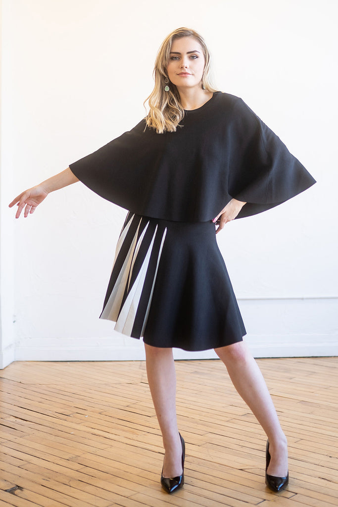 Cape Top in Black