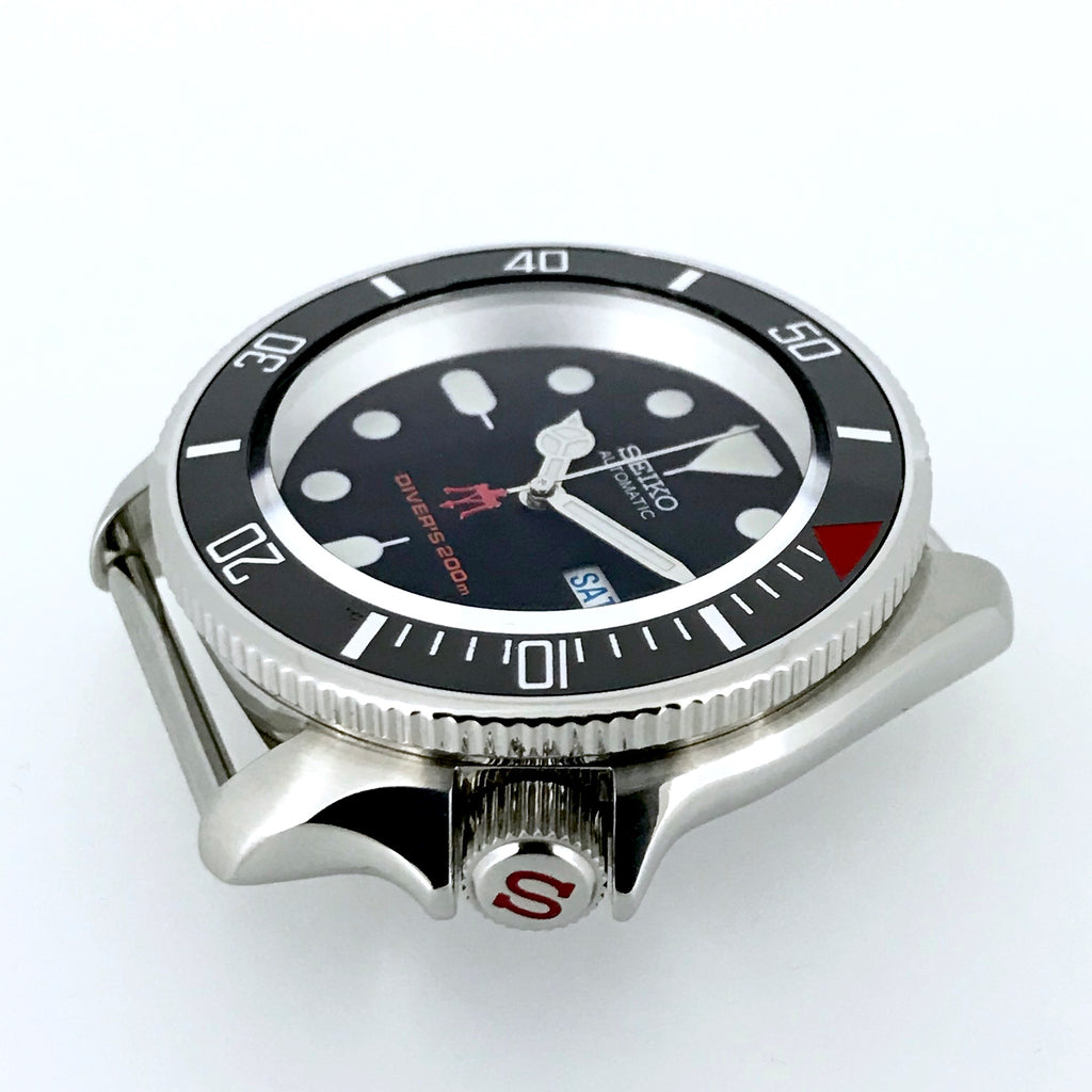 "Crown - SKX007 - Polished Steel - Red ""S"""