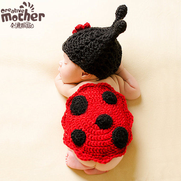 Hand-knitted Newborn Baby Beetle Set