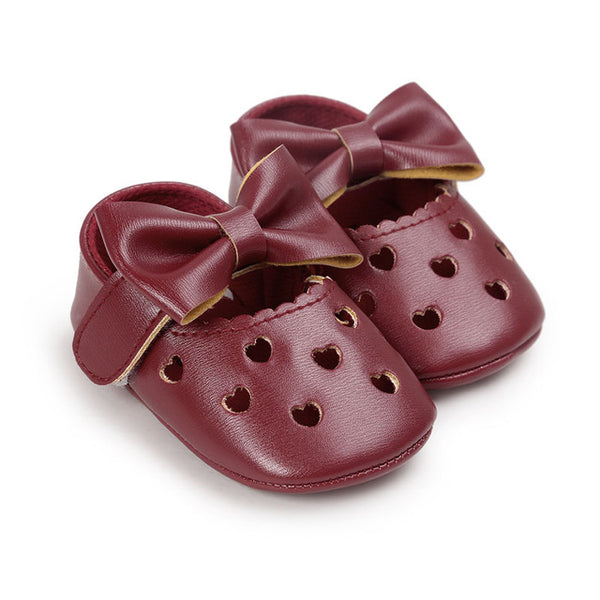 Baby Heart Shoes-www.my-baby-world.com