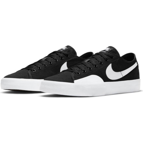 BLZR Court (Black/White)