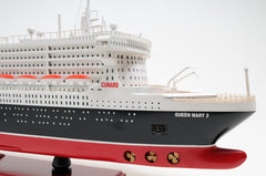 XoticBrands Decor Queen Mary II L Boat  Model Display