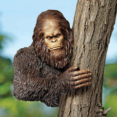 "15"" Bigfoot, Bashful Yeti Tree Sculpture (XoticBrands)"