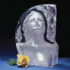 Valentine Romantic Crystalline Glass Desktop Sculptural Statue (Xoticbrands)