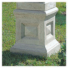 ENGLISH PLINTH FOR OBELISK