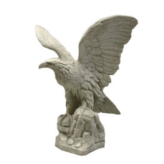 Eagle Facing Right Garden Animal Statue