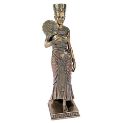 BEAUTIFUL EGYPTIAN QUEEN NEFERTITI