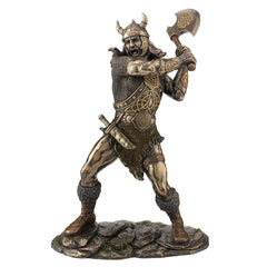 Viking Warrior Swinging An Axe (Mbz+Color) - Knights & Warriors