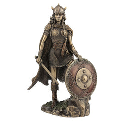 Female Viking Warrior With Sword And Shield - Vikings