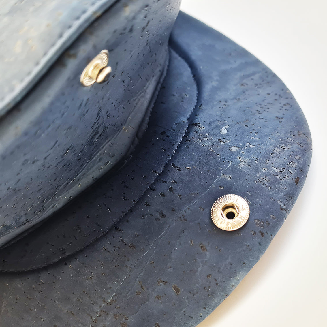 Fabrikk Cork Flat Cap | Navy Blue | Vegan Leather
