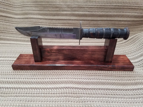 Ka-Bar Display w/ optional engraved plate - Larry's Woodworkin'