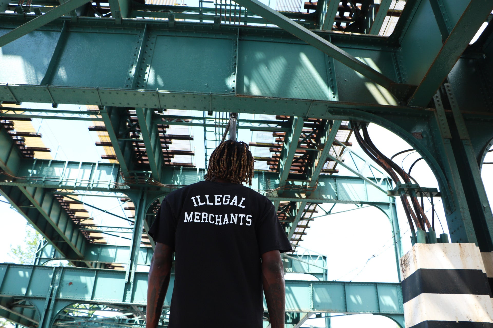 Illegal Merchants Tee V4NY FTP