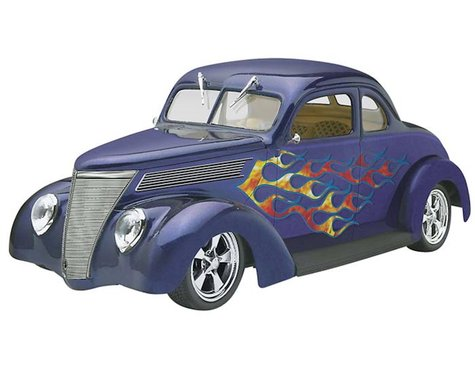 Revell 1/24 1937 Ford Coupe Street Rod  (RMX854097)