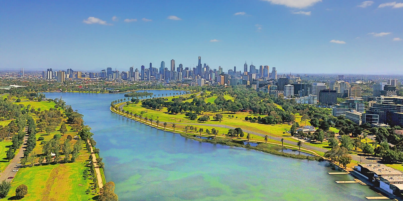 Melbourne city skyline & Albert Park