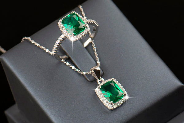 Lovely Cubic Zirconia Jewelry Set