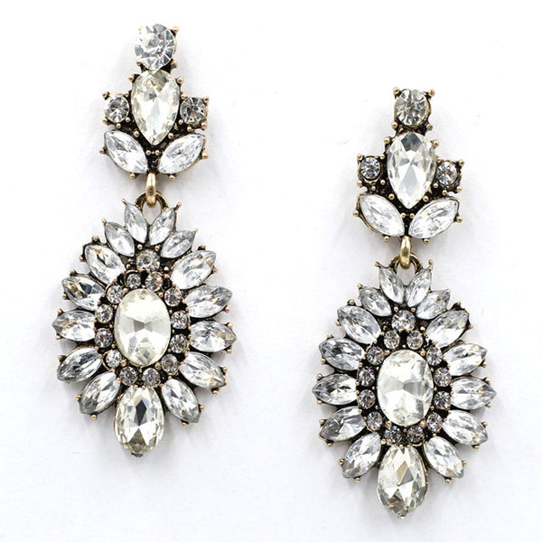 Beautiful Crystal Bling Earrings, so fashionable.