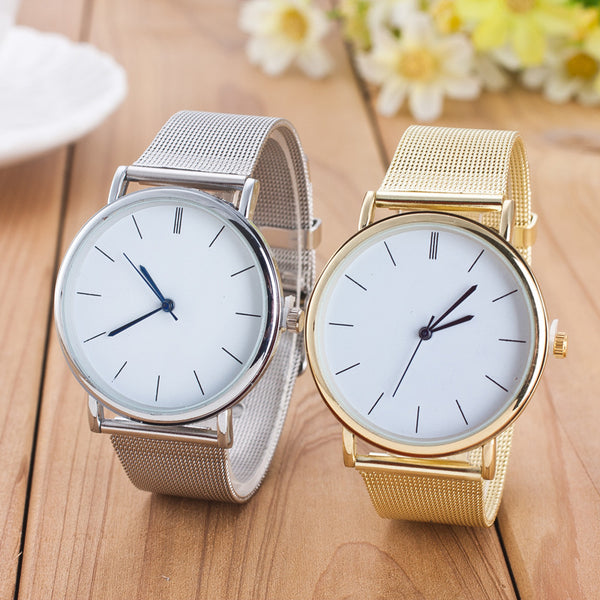 Smart, contemporary watch for women in gold or silver.