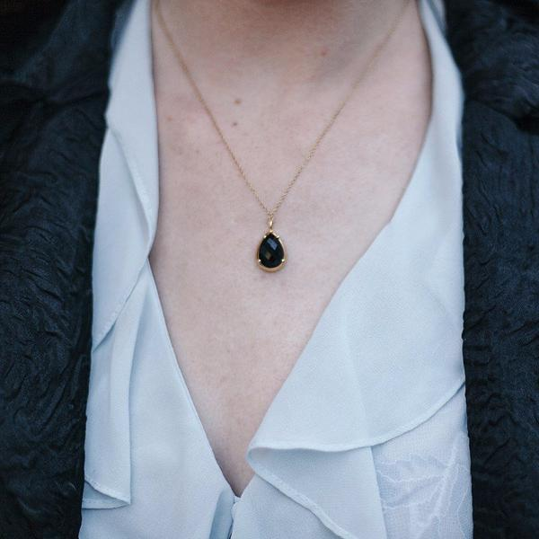 Pear-shaped Black Onyx Pendant In Gold Plated Sterling Silver
