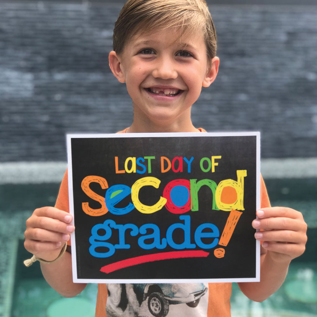 First & Last Day of School Signs | Photo Prop Deck | 17 Grades including T-K | Primary Chalk