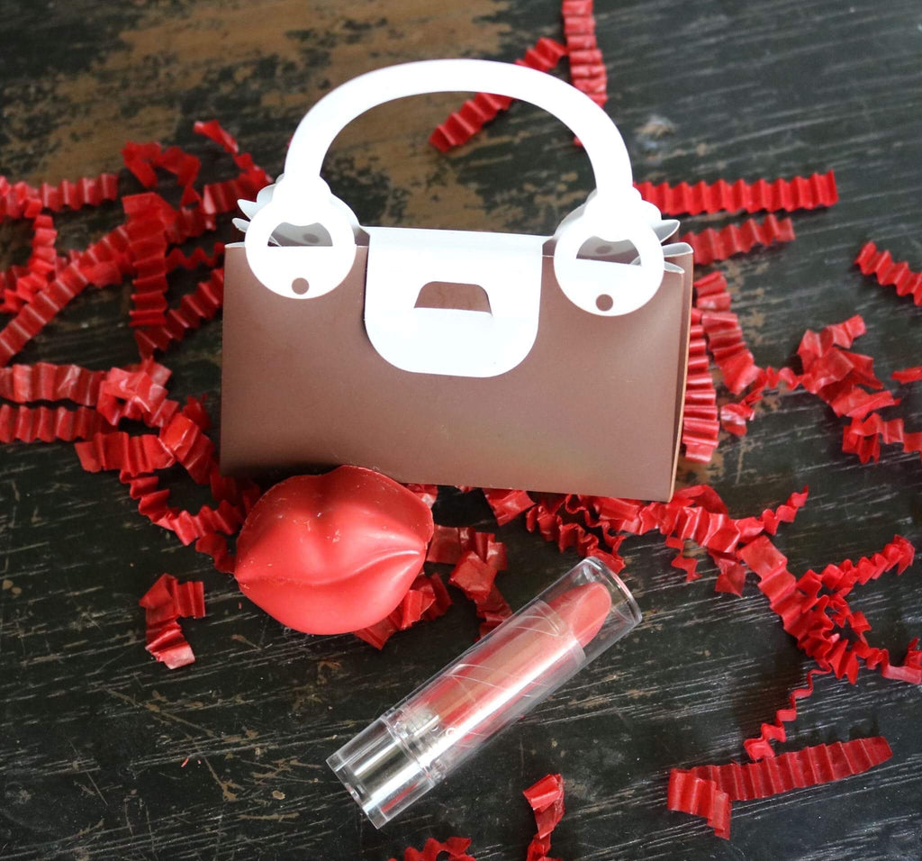 Chocolate Lips & Lipstick
