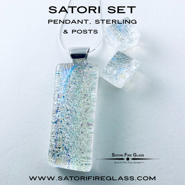Satori Set Pendant & Posts