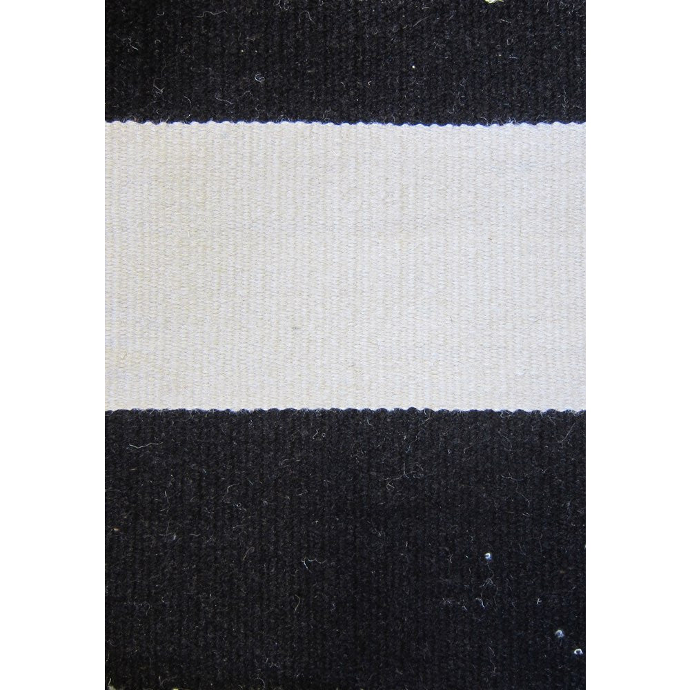 Black And White Rug Outdoor: Maahes Indoor Outdoor Contemporary Black And White Striped