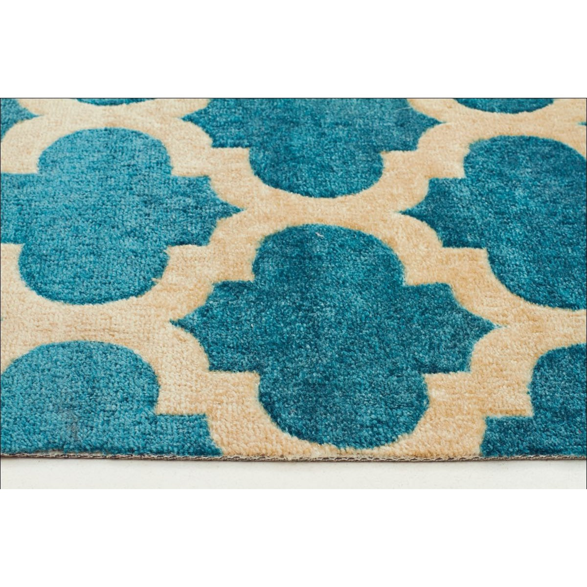 Calais Contemporary Blue Trellis Patterned Rug Rugs Of
