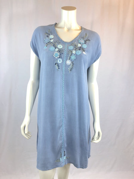 Felisa - light blue garden dress - Abrazo Style Shop