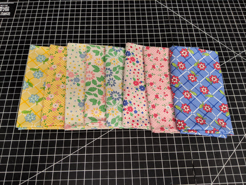 Fat Quarter Bundle - 1930's Playtime