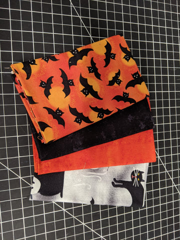 Fat Quarter Bundle - Halloween Spooky Vibes
