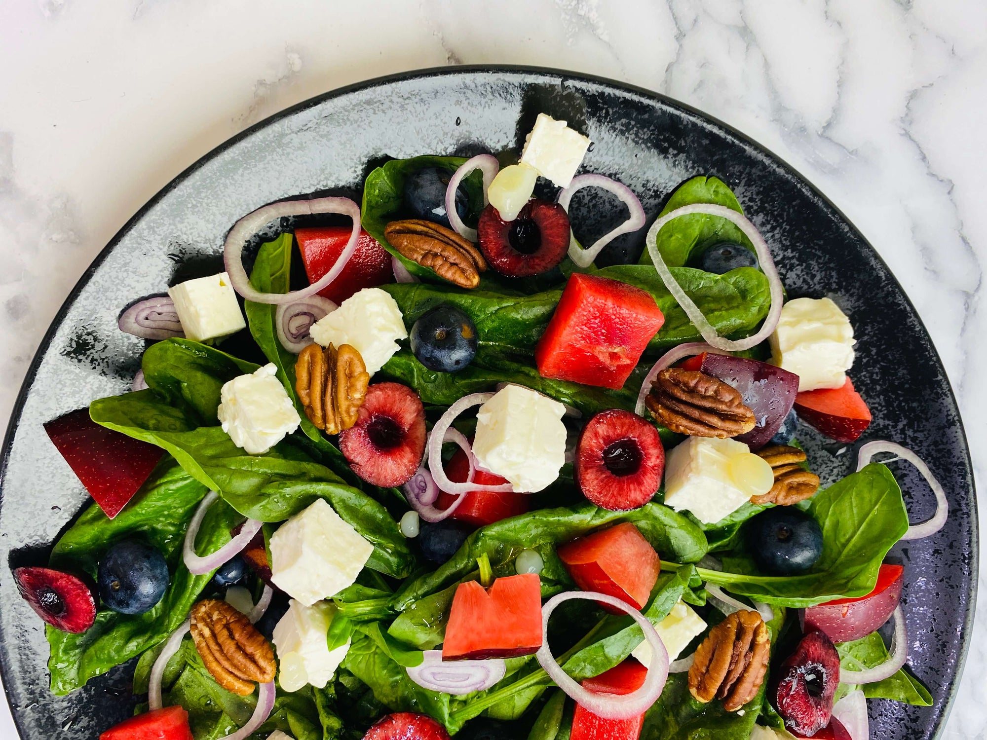 Berry Summer Fruits Spinach Salad