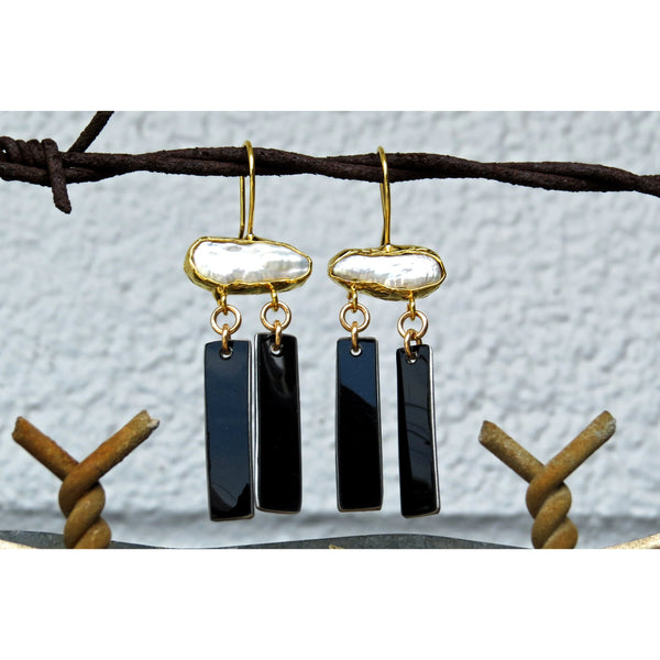 Pearl Dangle Earrings - CRASH Jewelry