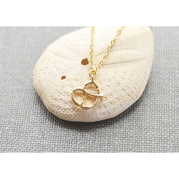 Gold pretzel necklace - jeweleen - 1