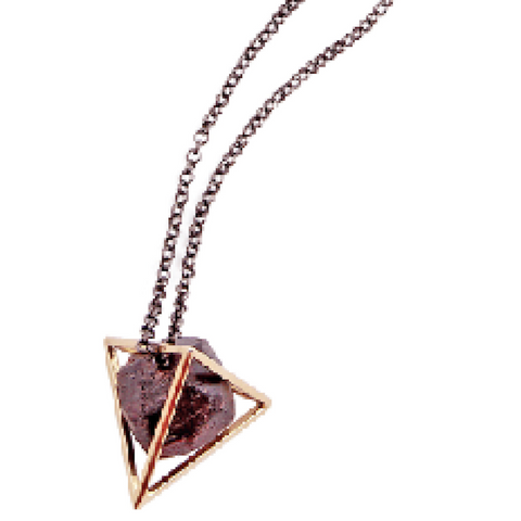 Rough Granate Pyramid Golden Necklace