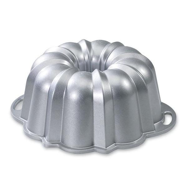 Nordic Ware Platinum Collection Bundt Cake Pan, 10-15 Cups - jeweleen - 1
