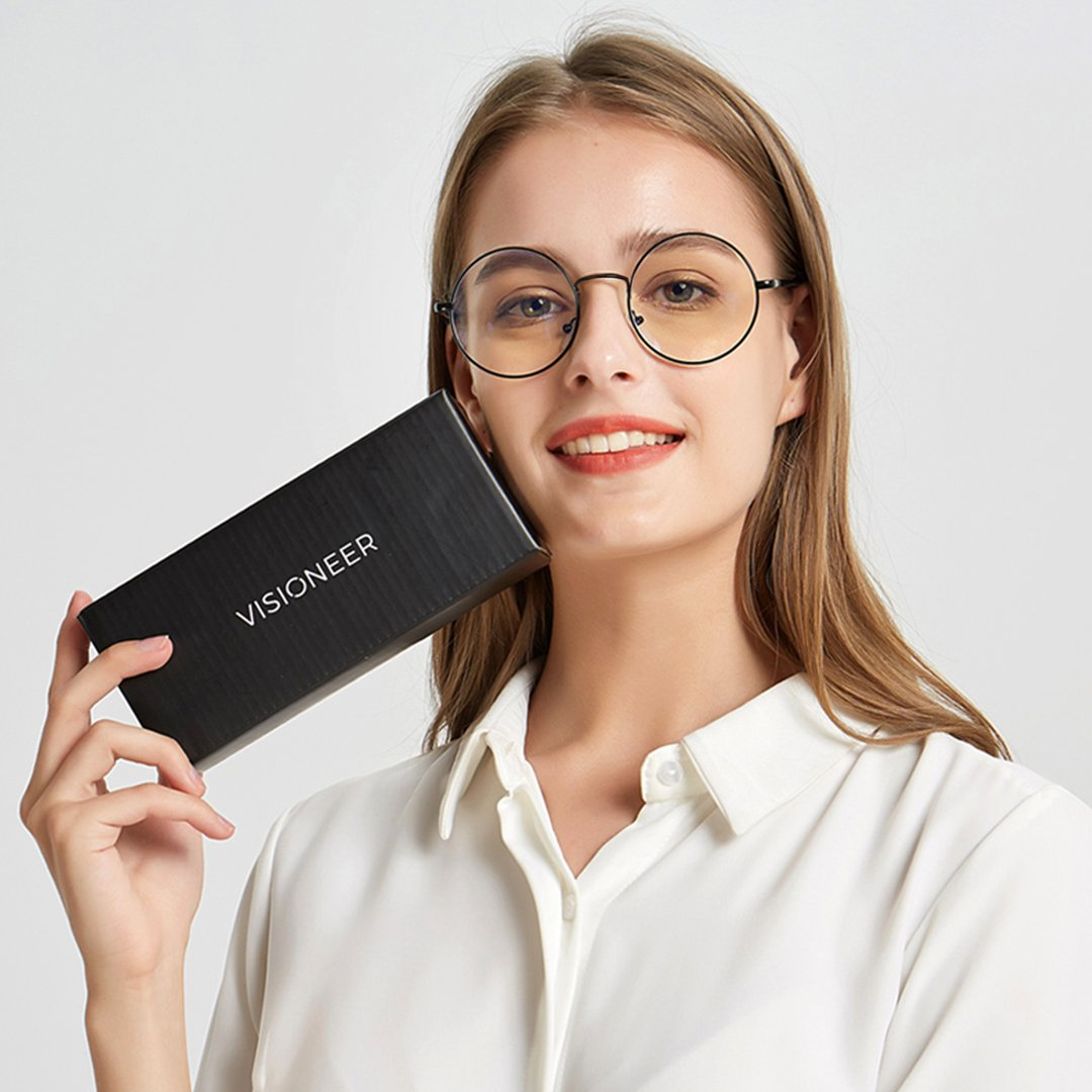 Harry (Photochromic Transition + 100% EyeSafe) eyeglasses
