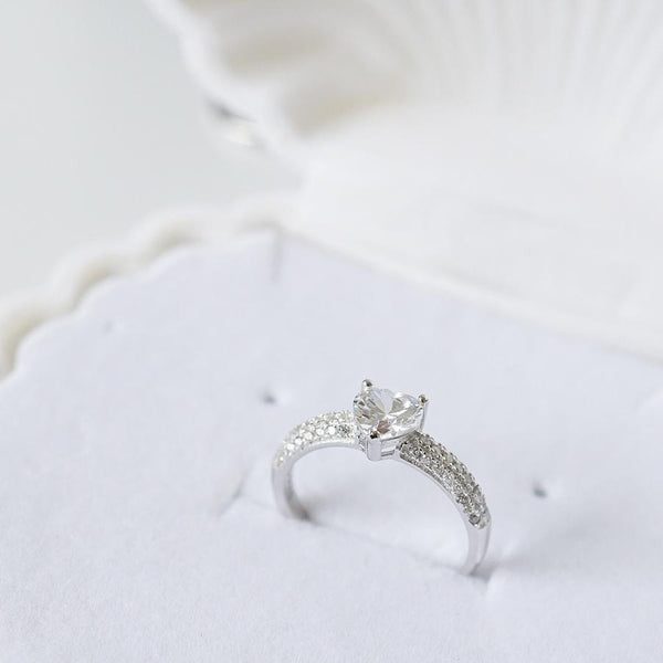 Pavé Heart Ring