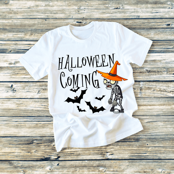 """HALLOWEEN COMING  "" T-SHIRT"